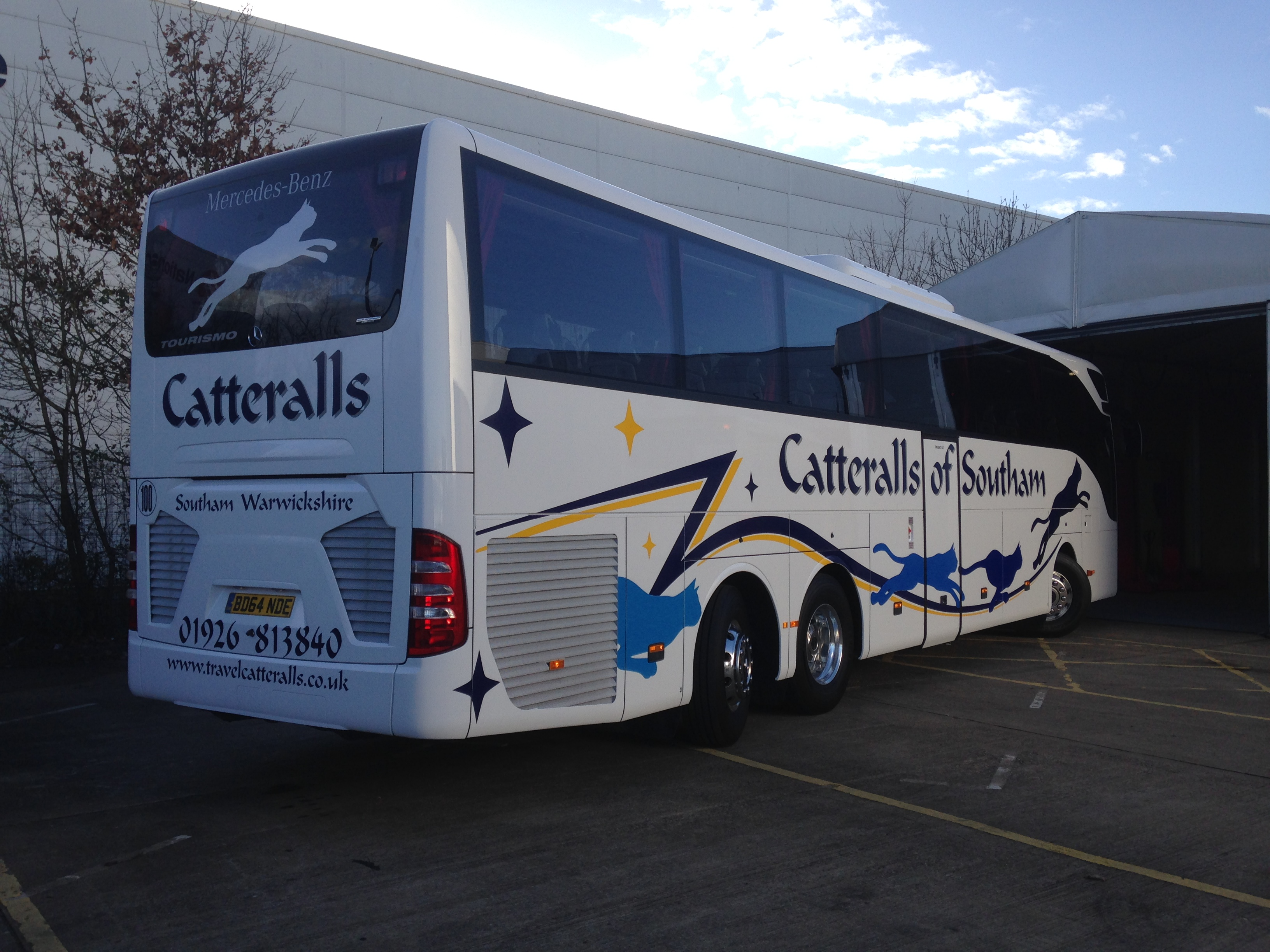 Catteralls Blue and yellow coach graphics